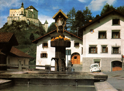 Schloss Tarasp, Medieval castle in Swiss Alpa